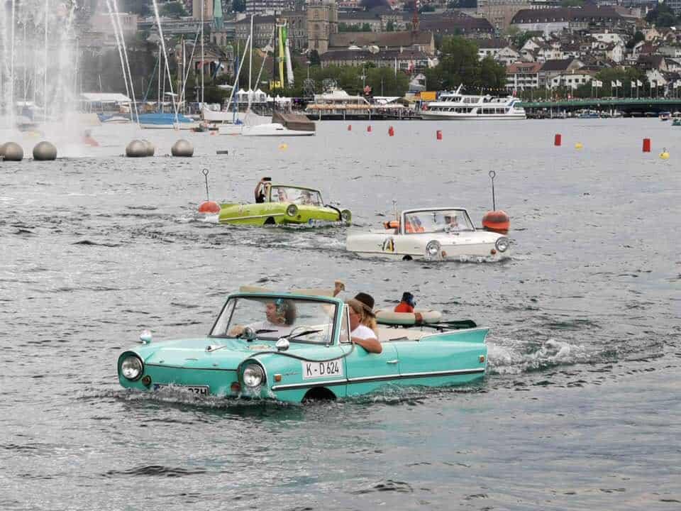 Photos of Züri Fäscht 2019 Zurich Switzerland Boat cars