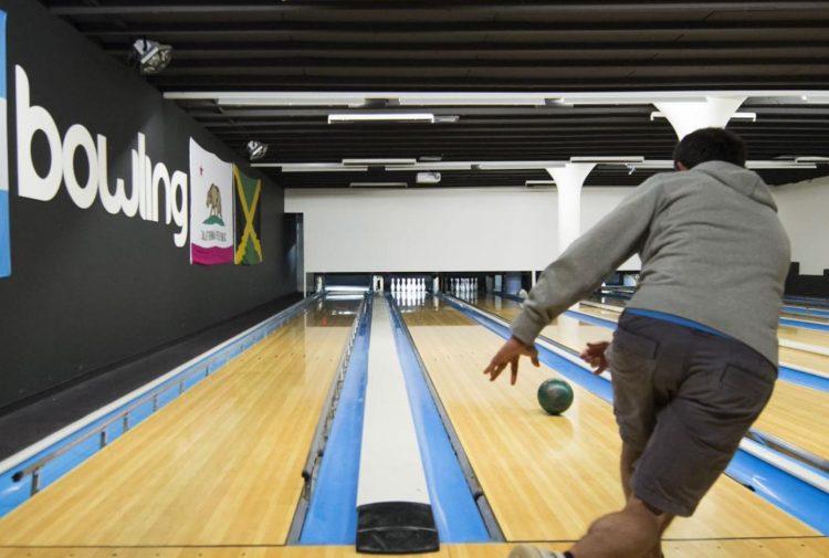 The Bowling Sports Bar in Villars