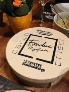 Fondue and Räuschling wine: C'est Magnifique!