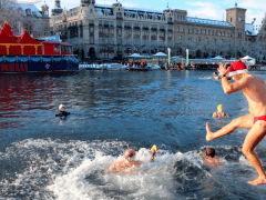 Samichlaus Swim in the Limmat in Zurich – brrr!!!!