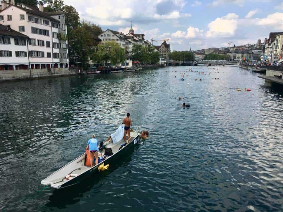 Photos of Limmatschwimmen Zurich