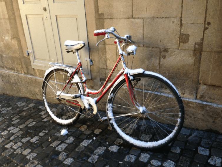 Snowy bike in Zurich