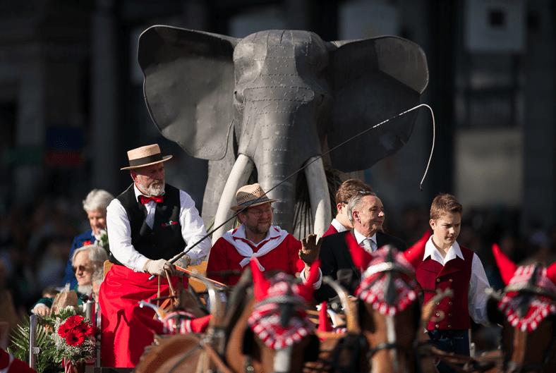 Sechselaeuten Zurich 2013 © Geoff Pegler