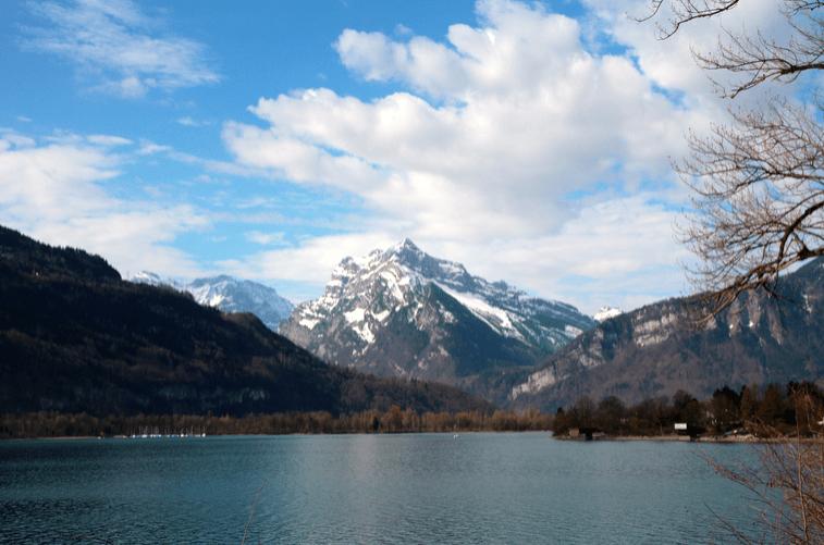 Lake Walensee © NewInZurich