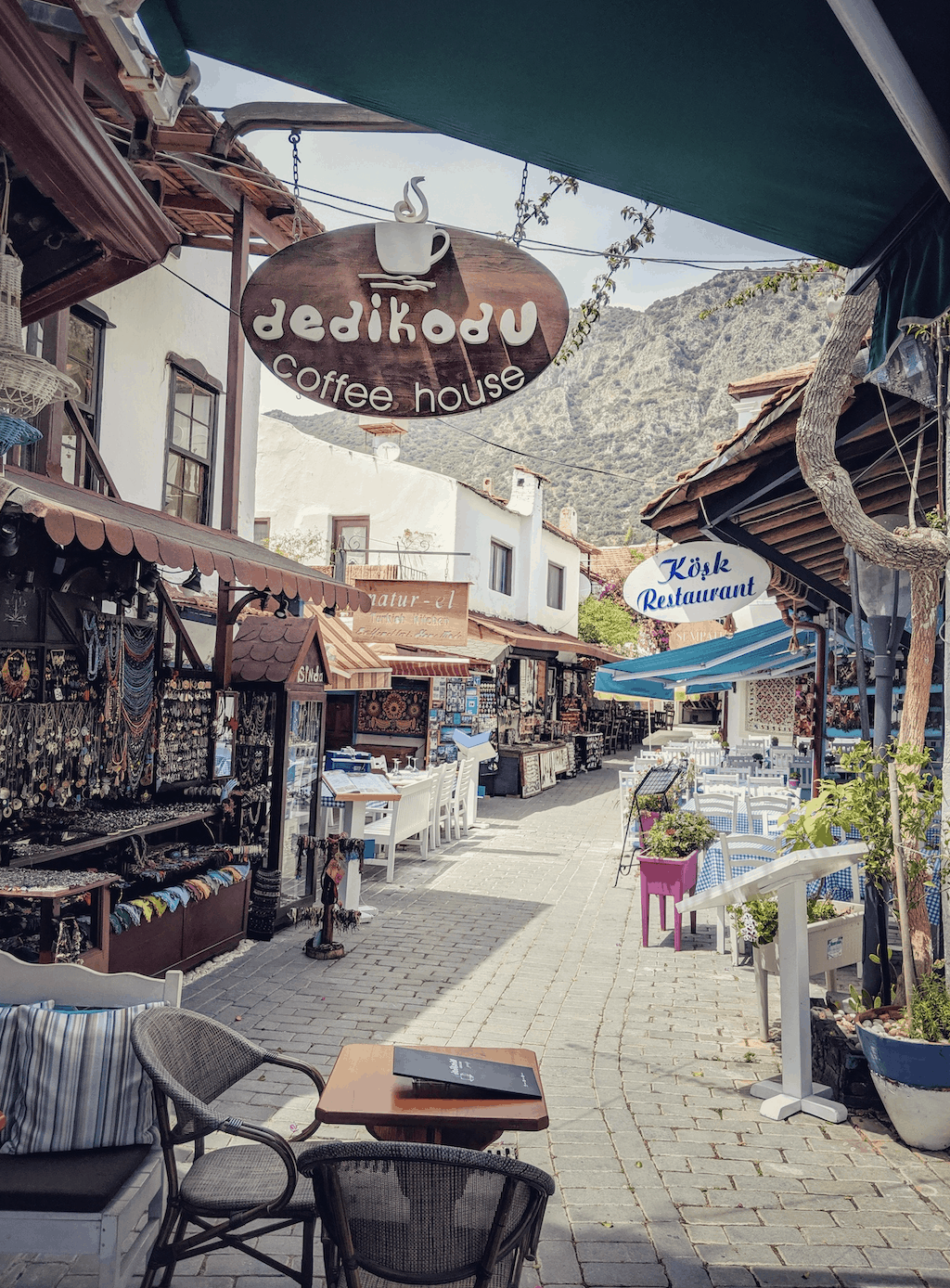 Dedikodu Coffee House - foodie hot spots in Kas