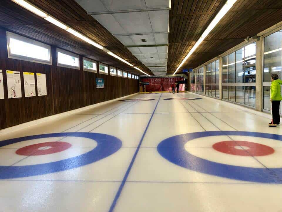 Curling and Eisstockschiessen