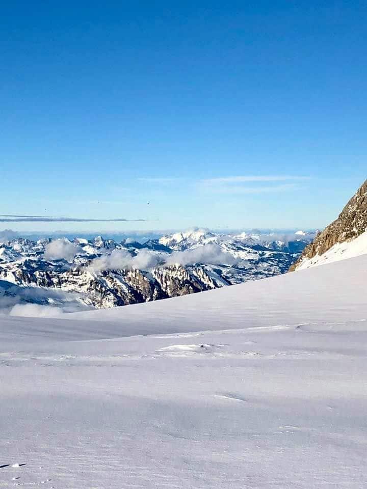 AJourney Across Glacier 3000 On the Snow Bus