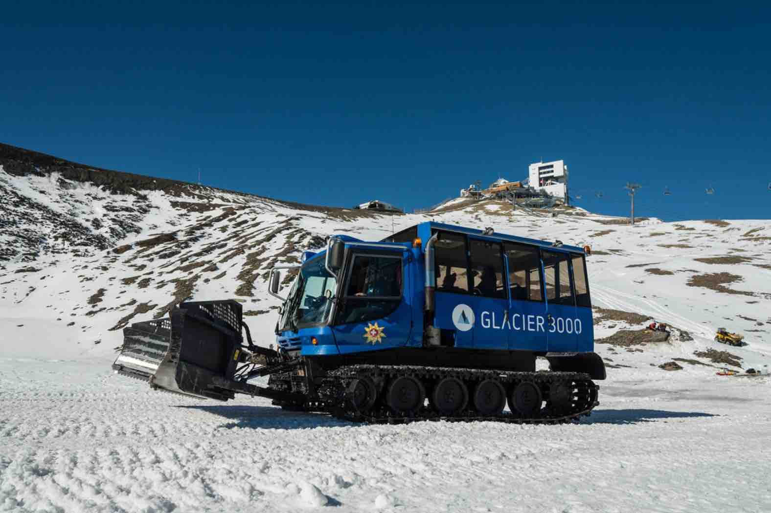 A Journey Across Glacier 3000 On the Snow Bus
