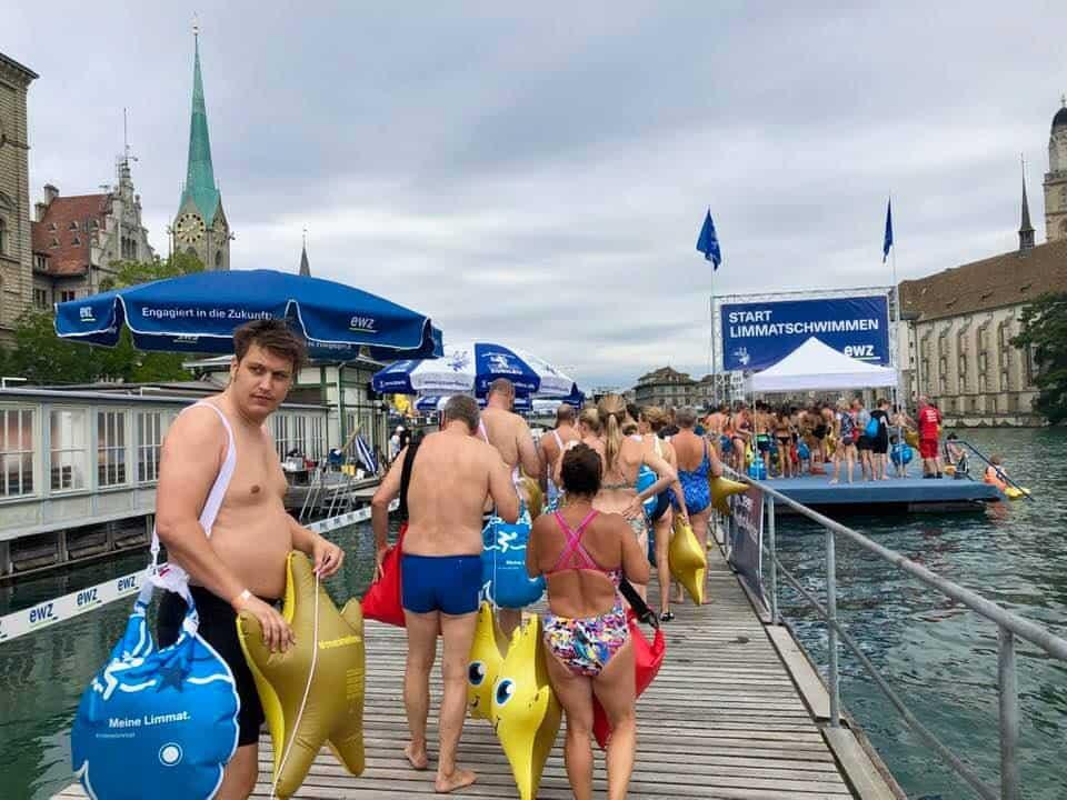 Frauenbadi Zurich Limmat swim