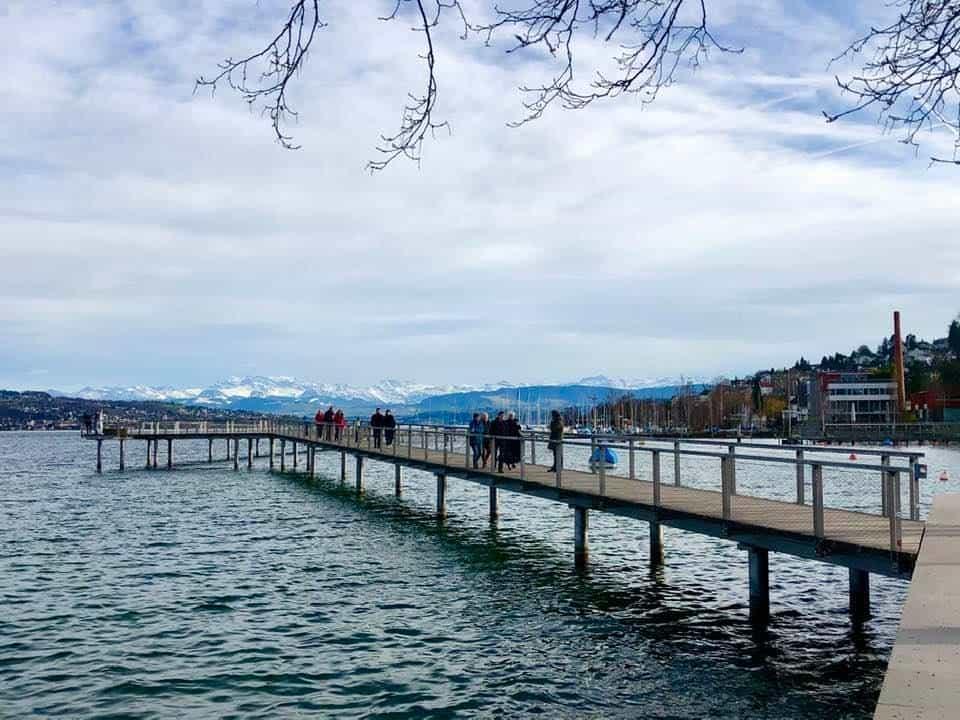 Zurich Lake Walk from Bürkliplatz to Wollishofen