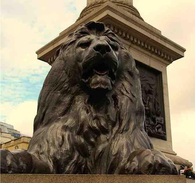 London's lions in Trafalgar Square