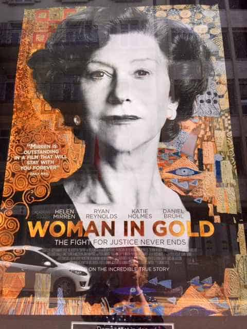 Film woman in gold with Helen Miirren