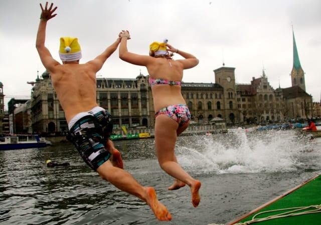 Samichlausschwimmen Zurich photos 2014