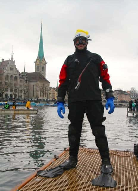 Samichlausschwimmen Zurich 2014