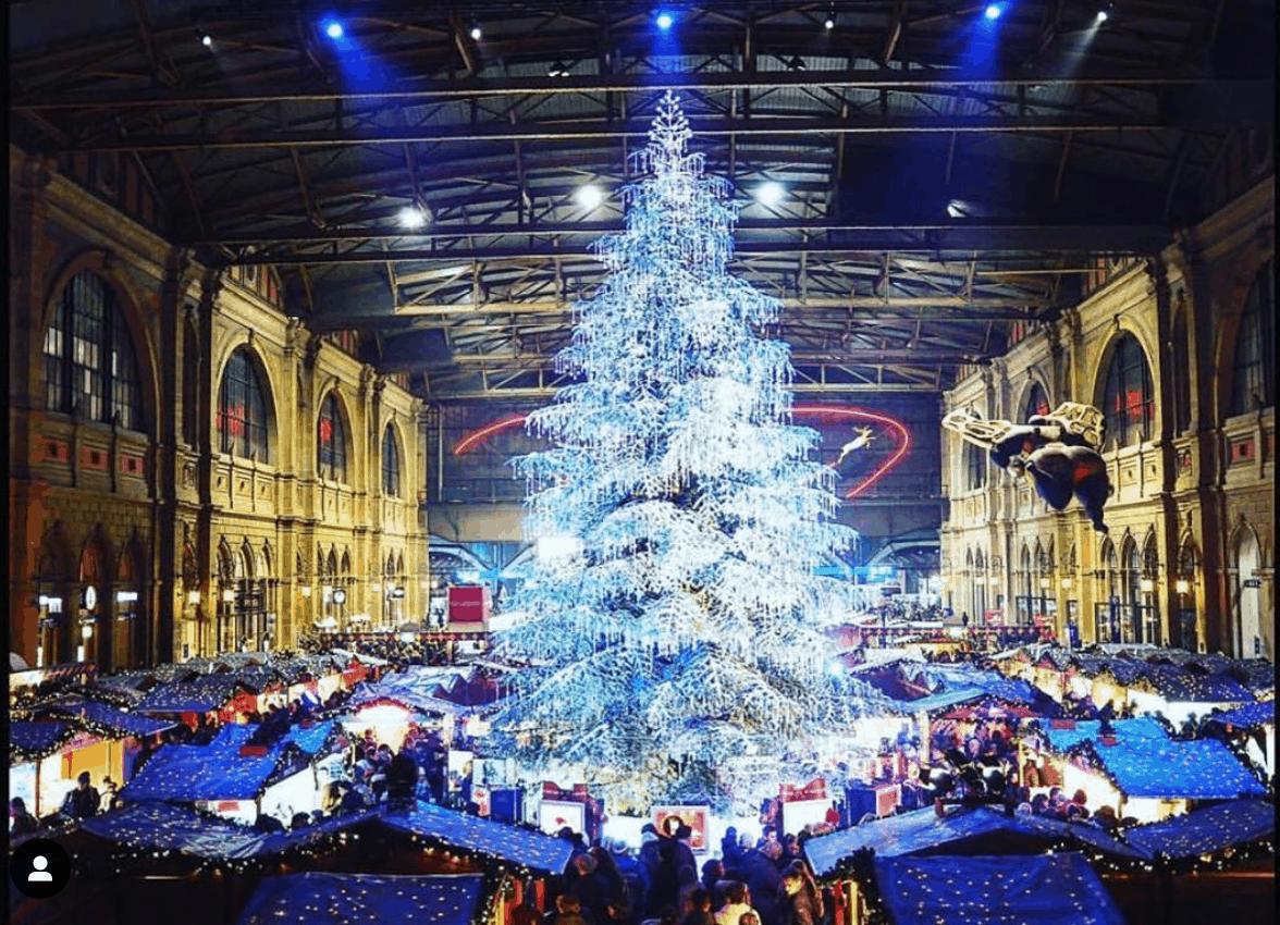 Swarovski tree Zurich - Christmas zurich