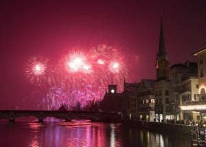 New Year Fireworks Zurich 2015 by Geoff Pegler
