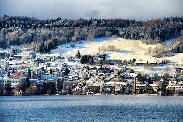 Photo of Zurich in Winter by NewInZurich