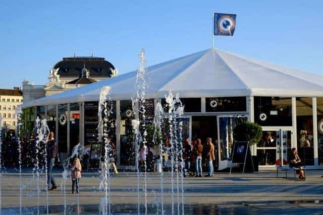 ZFF Tent Sechselaeutenplatz Zurich