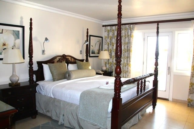 body holiday st lucia bedroom