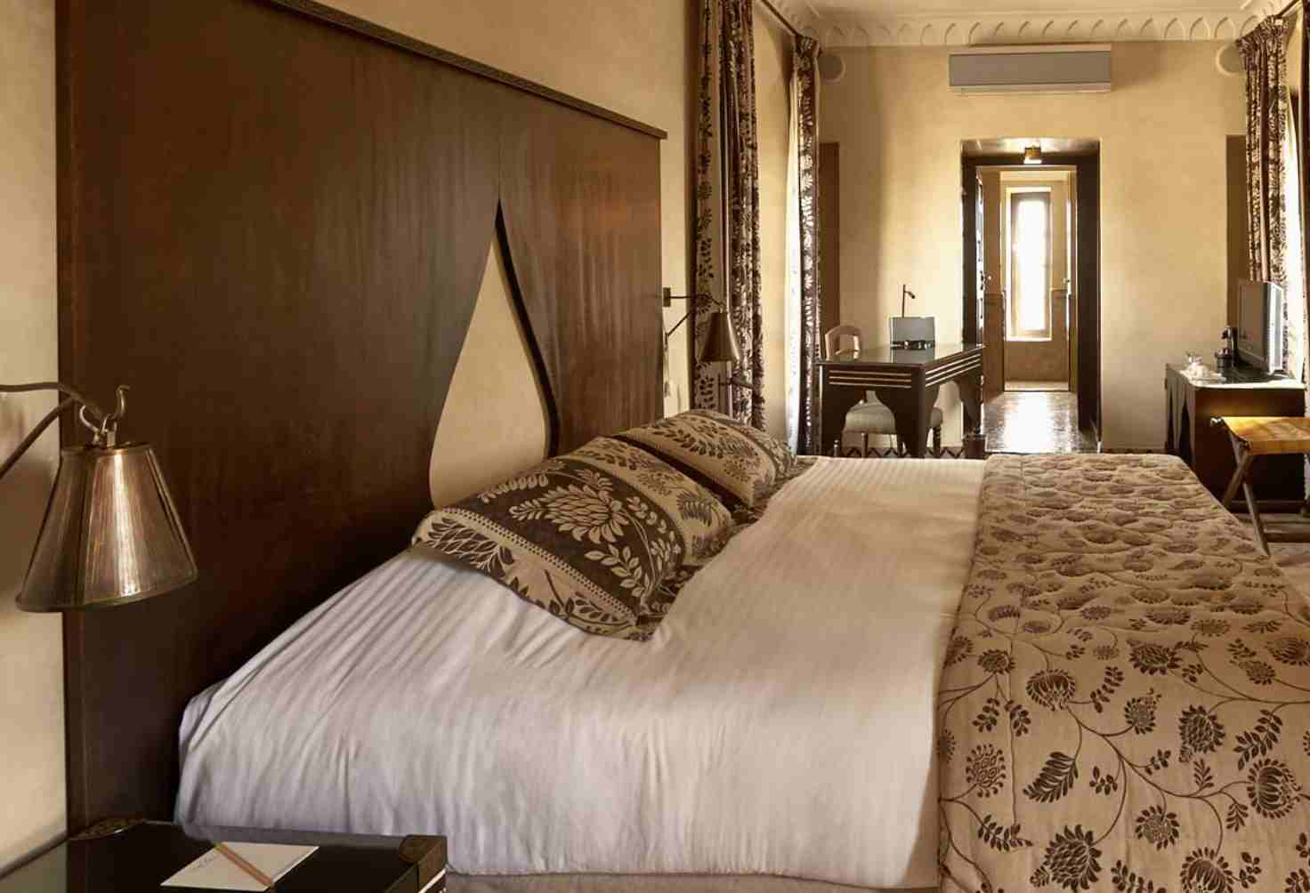 riad fes hotel room