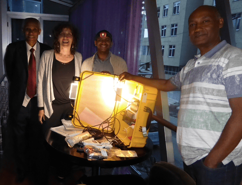 The GreenLamp Solar Suitcase Project
