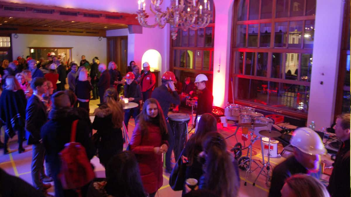 Party at the Hotel Storchen