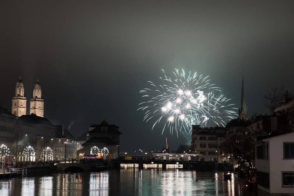Photos of New Year Fireworks Silvester-Feuerwerk Zurich