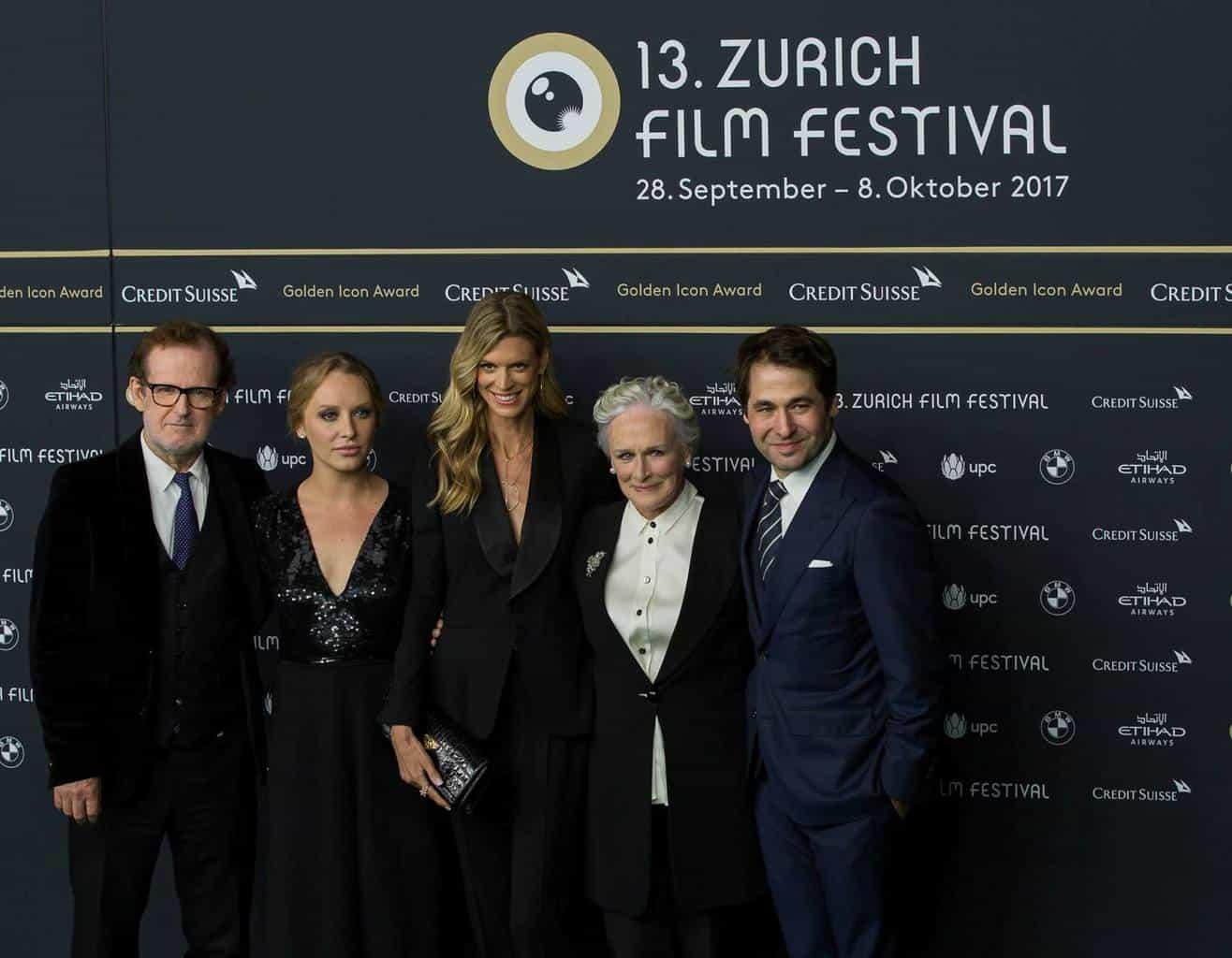 Glenn Close with her daughter Annie Starke and director Bjorn Ranke, Nadja Schildknecht and Karl Spoerri