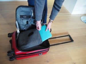 Review of Victorinox Spectra 2.0 Expandable Suitcase
