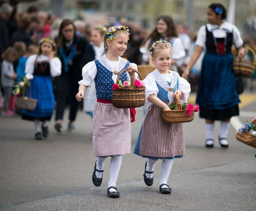 Photo Highlights of the Sechselaeuten Kinderumzug