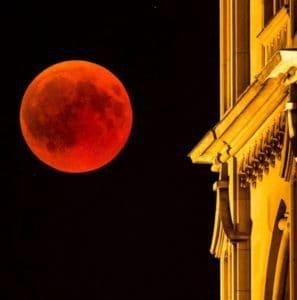 Blood Moon in Zurich