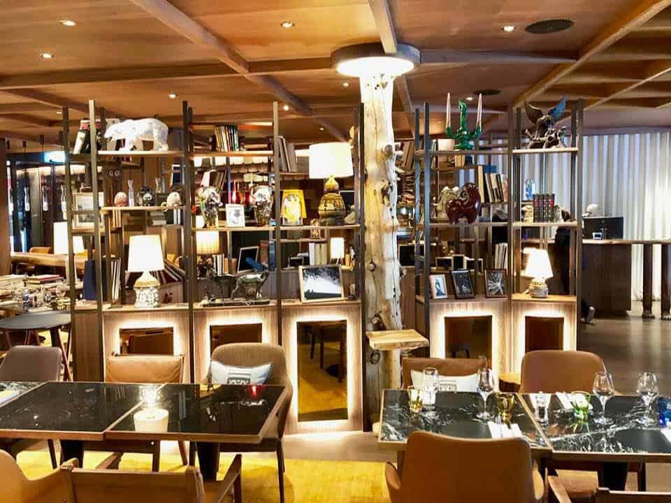 Open plan lounge area at Hotel Schweizerhof Zermatt