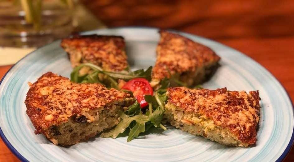 Crustless Broccoli, Cheese and Onion Quiche