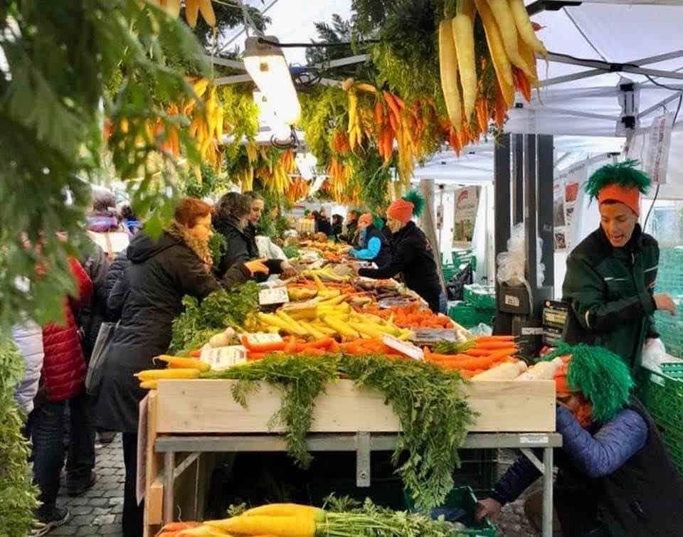 The Aarau Carrot Market - Aarauer Rüeblimärt