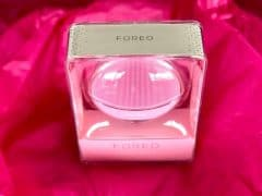 Get Your Face In the Glow With Foreo