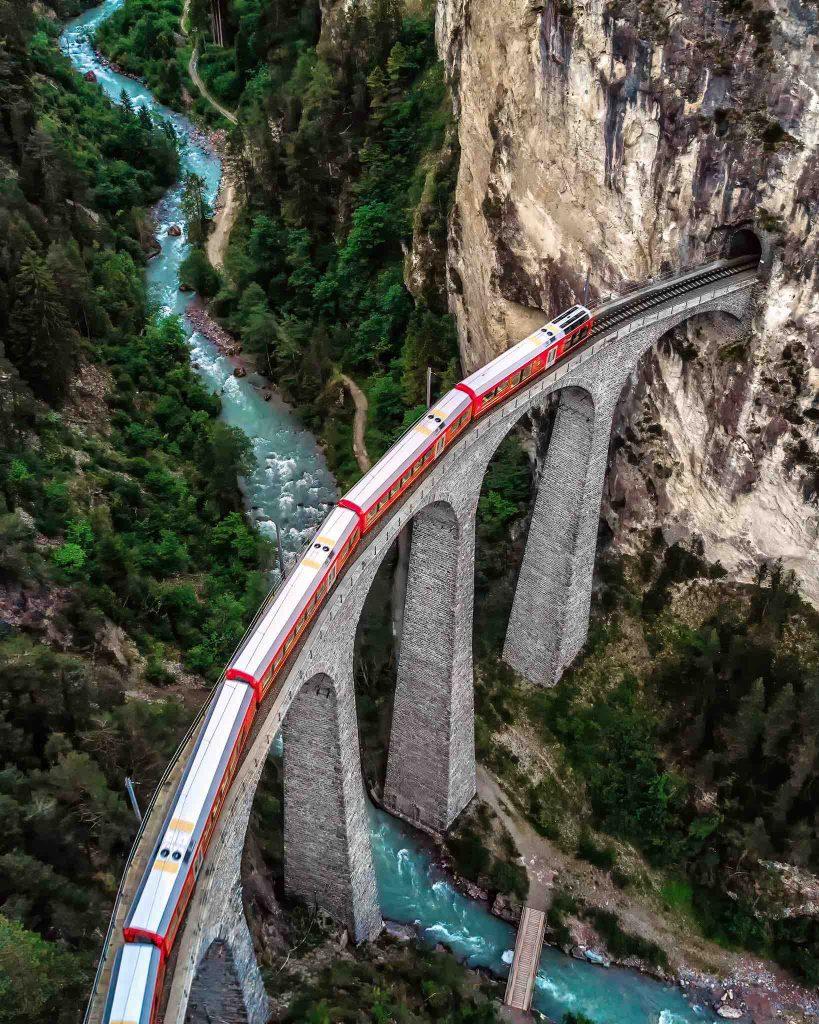 Swiss School of Photography - Viadukt Switzerland