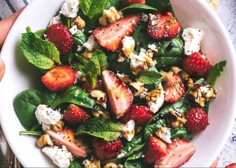 Strawberry, Feta and Walnut Salad