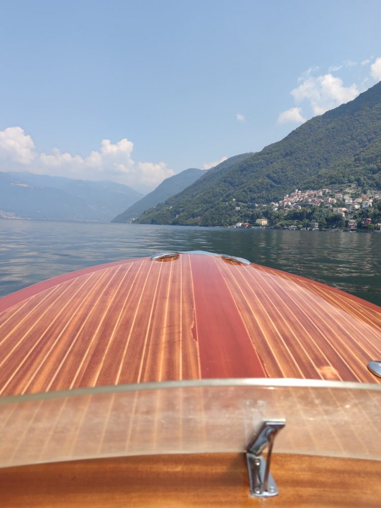 Il Serno Riva boat on Lake Como