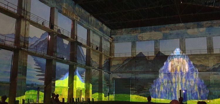 Projektil Hodler art exhibition