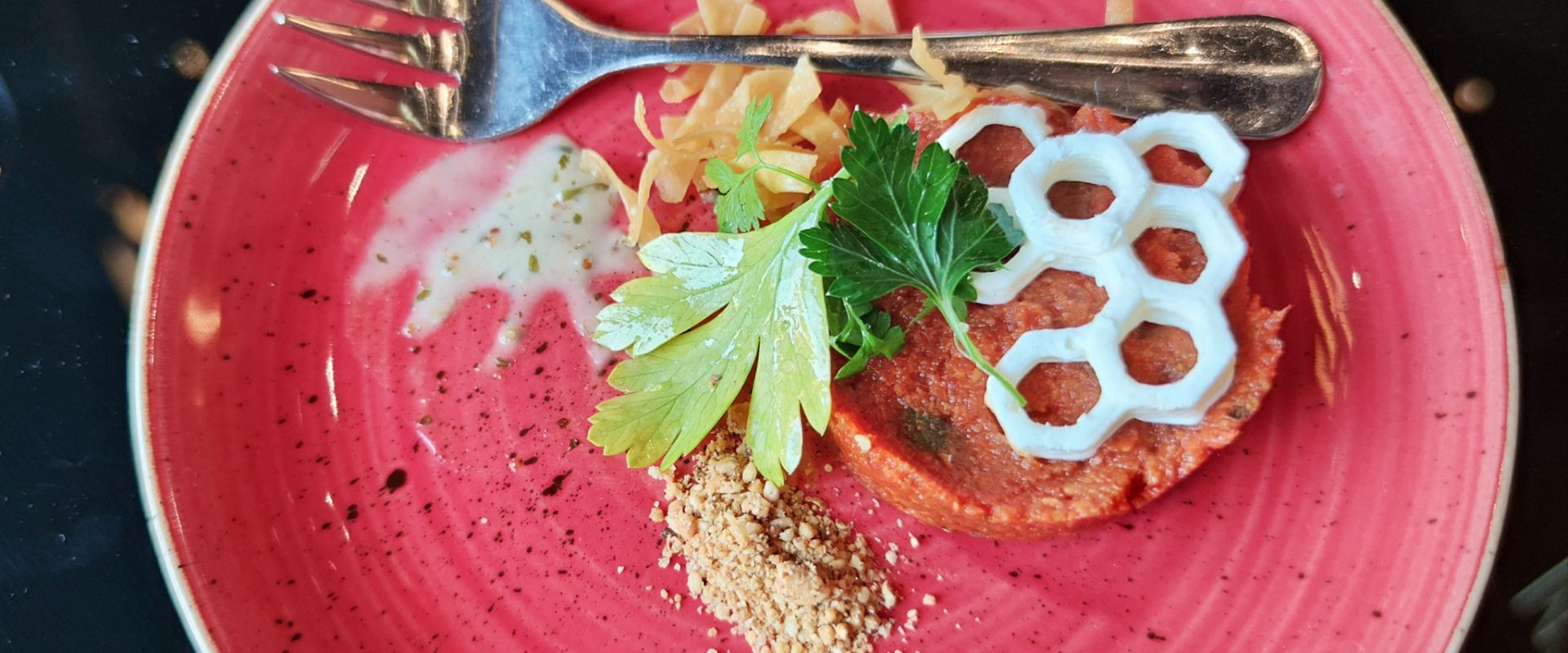 Plant based tartare The Butcher and His Daughter Restaurant Zurich