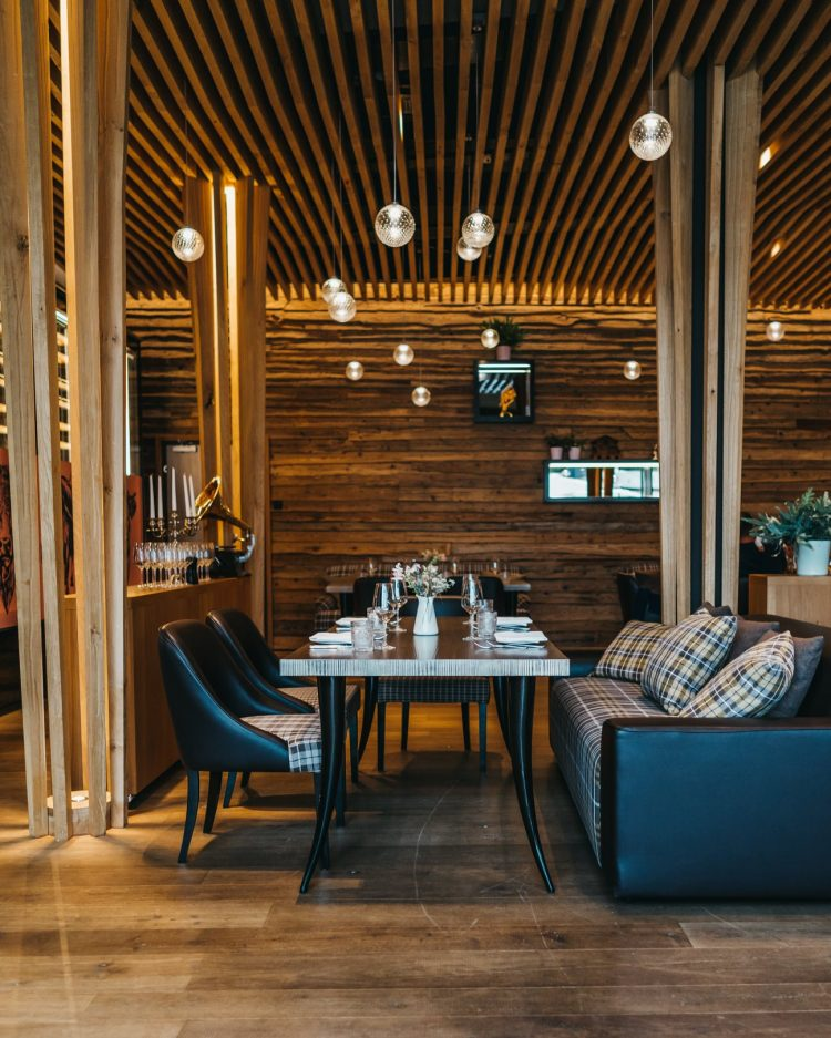Restaurant at Chefs at Peaks Place Laax