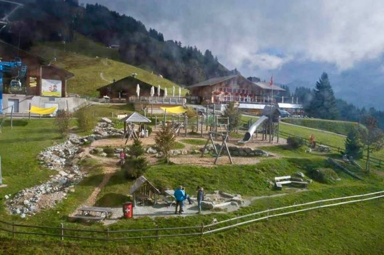 Playground Bort Middle station Grindelwald First
