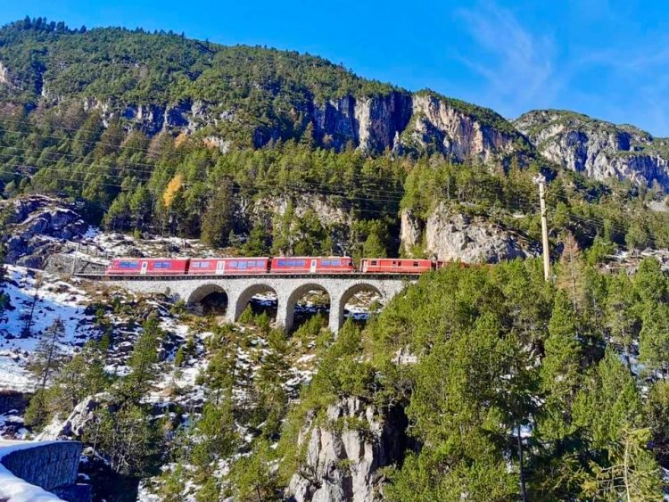 Viadukt and red train near Pontresina