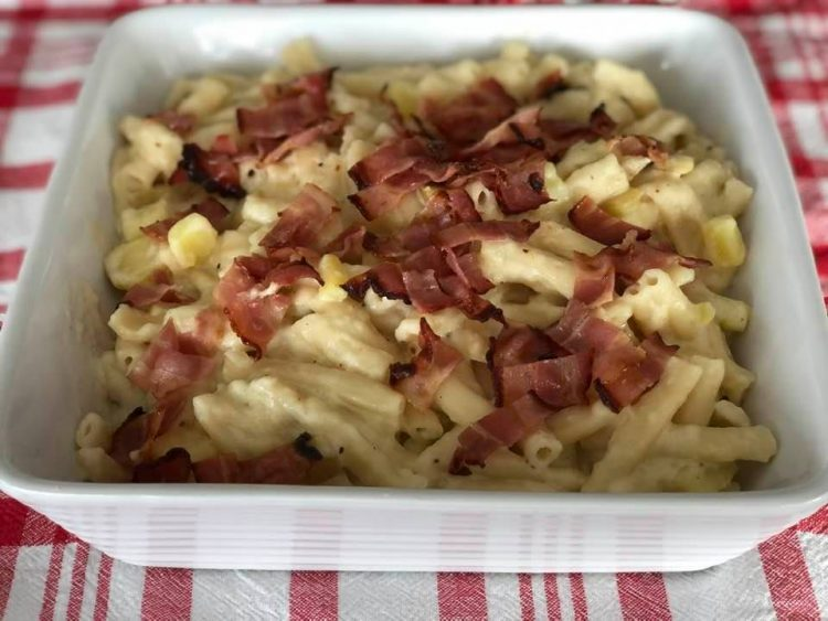 Recipe for Älplermagronen - Swiss Alpine Macaroni
