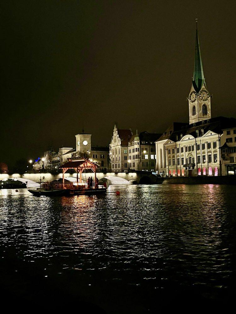 Advent 2020 In Zurich - The Hoffnungs Feuer