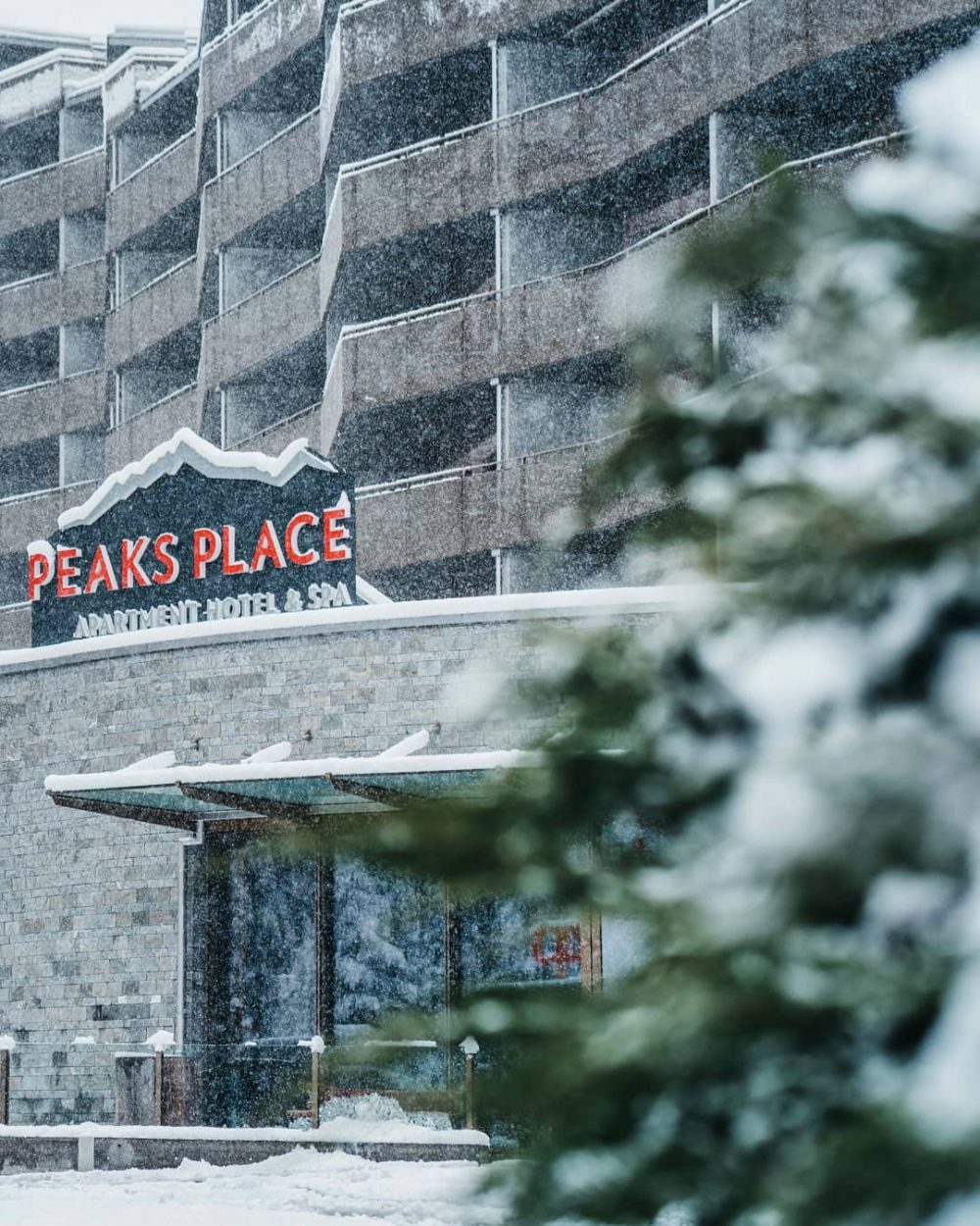 Winter In The Mountains - A Stay at Peaks Place In Laax