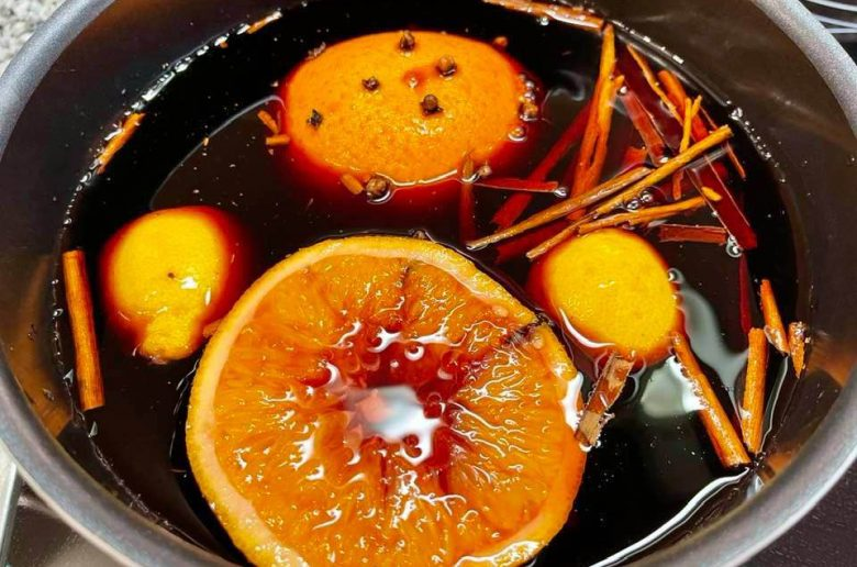 Make Your own Glühwein - Recipe For Mulled Wine