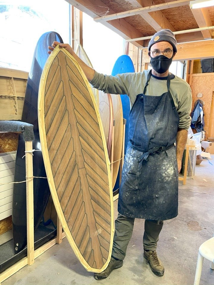 Enlain Snow board makers Laax