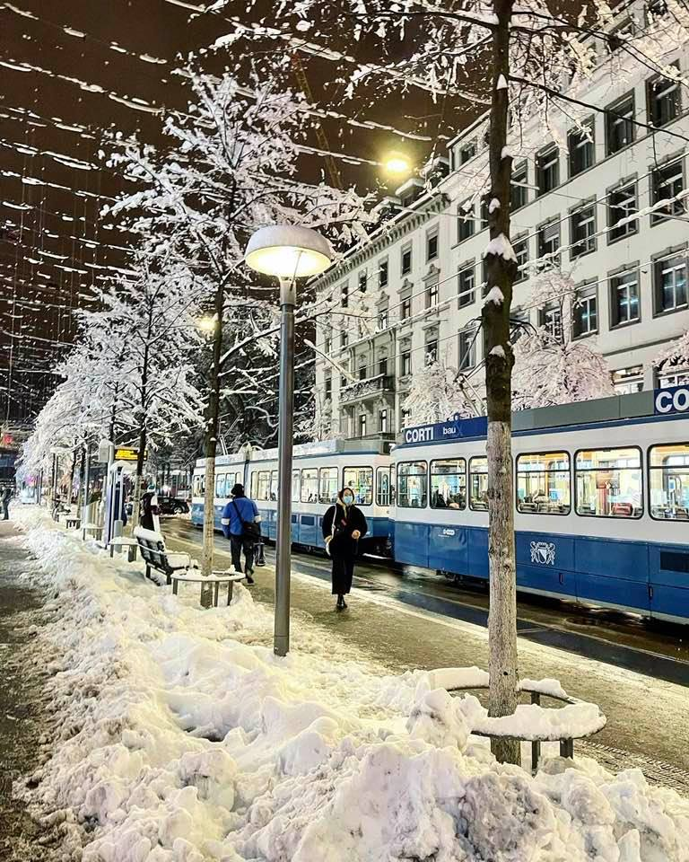 Bahnhofstrasse Zurich in the snow