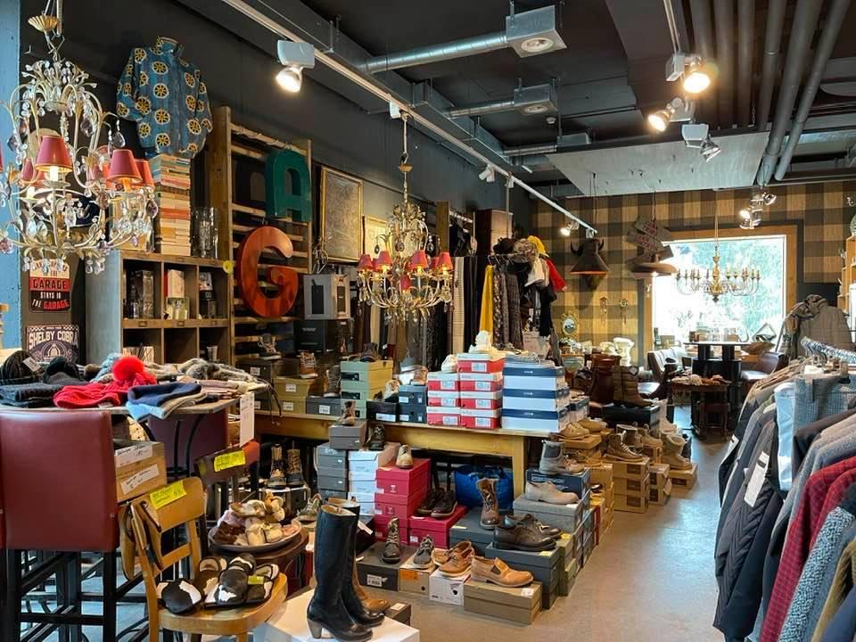 Take away cafe & shop at Rocksresort Laax